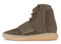 Adidas Yeezy Boost 750 OG Light Brownの写真