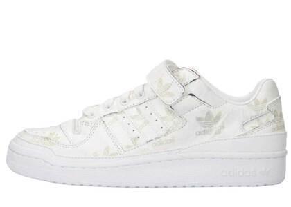 "Atmos × Adidas Originals Forum Low ""Unveil"" FootweaR White/Footwearの写真"