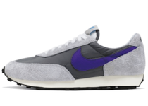 Nike Daybreak Cool Greyの写真