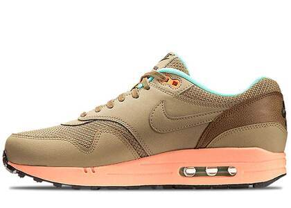 Nike Air Max 1 Hay Sunset Glowの写真