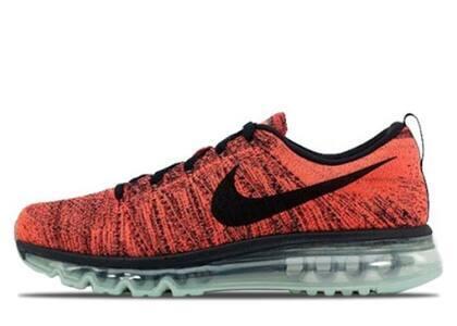 Nike Flyknit Max Bright Crimsonの写真