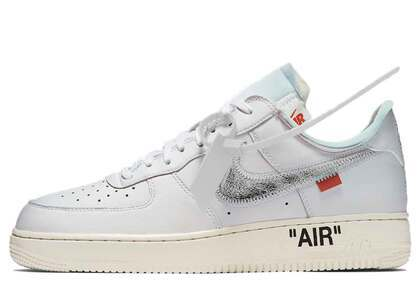 "Off-White × Nike Air Force 1 Low ""ComplexCon""の写真"
