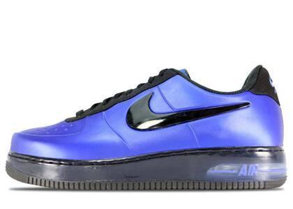 Nike Air Force 1 Low Foamposite Royalの写真