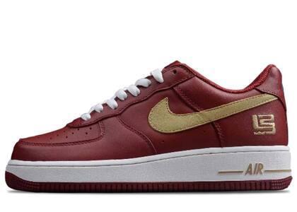 Nike Air Force 1 Low LeBron James Cavsの写真