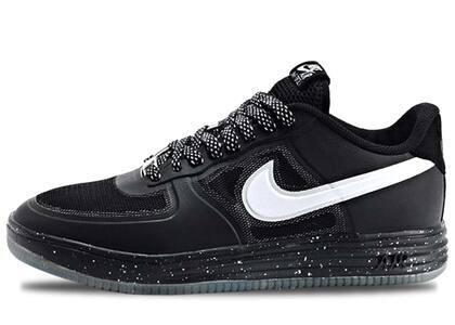 Nike Lunar Force 1 Fuse Oreoの写真
