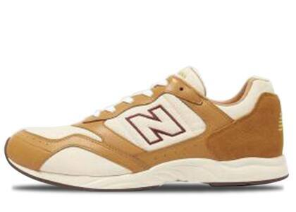 Beauty & Youth × New Balance RC205 Brown Womensの写真