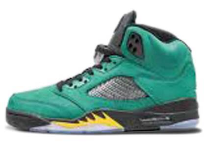 Nike Air Jordan 5 Retro Oregon Ducksの写真
