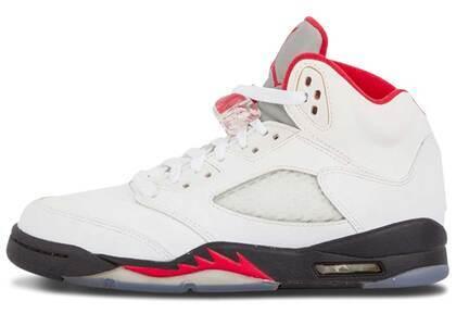 Nike Air Jordan 5 Retro Fire Red (2013)の写真