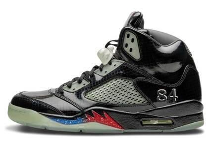 Nike Air Jordan 5 Retro Transformersの写真