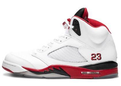Nike Air Jordan 5 Retro Fire Red Black Tongue (2013)の写真