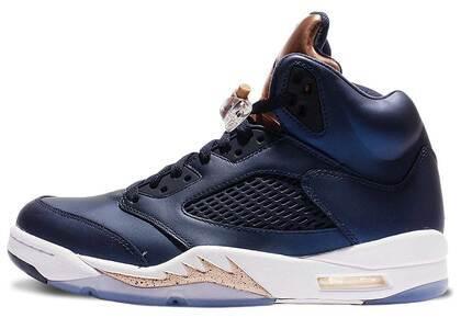 Nike Air Jordan 5 Retro Bronzeの写真