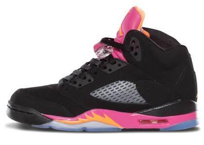Nike Air Jordan 5 Retro Black Pink GSの写真