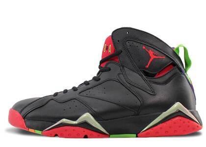 Nike Air Jordan 7 Retro Marvin the Martianの写真