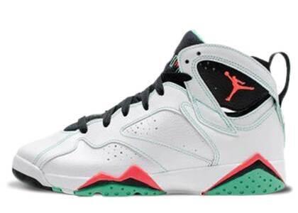 Nike Air Jordan 7 Retro Verde GSの写真