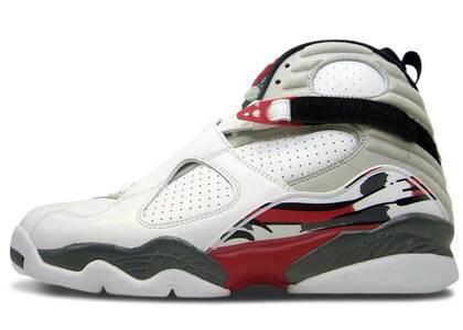 Nike Air Jordan 8 Retro Bugs Bunny (2013)の写真