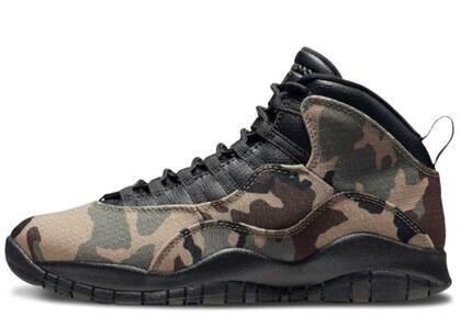 Nike Air Jordan 10 Retro Woodland Camoの写真
