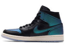 Nike Air Jordan 1 Mid Iridescent Blackの写真