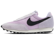 Nike Daybreak Lavender Mistの写真