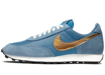 Nike Daybreak Metalic Goldの写真