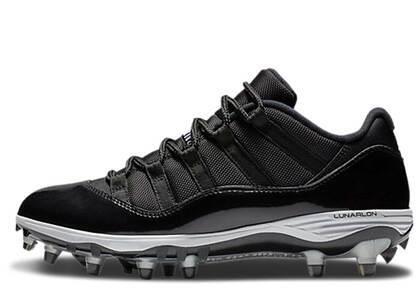 Nike Air Jordan 11 Retro Low Cleat Blackの写真
