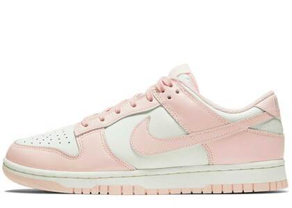 Nike Dunk Low Orange Pearl Womensの写真