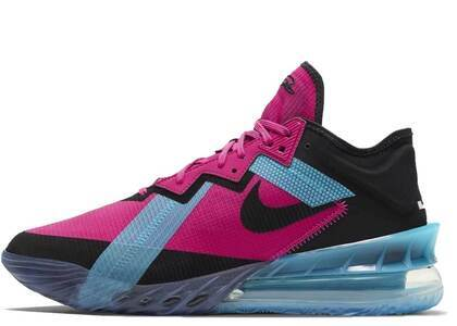 Nike Lebron 18 Low Fire Berryの写真