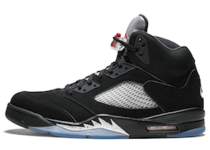 Nike Air Jordan 5 Retro Black Metallic (2016)の写真