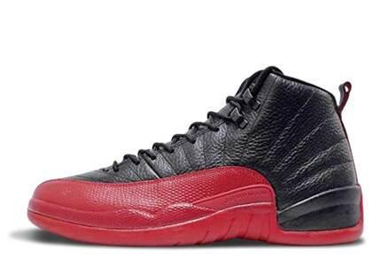 Nike Air Jordan 12 Retro Flu Game GS (2016)の写真