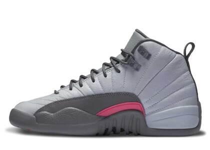 Nike Air Jordan 12 Retro Wolf Grey Vivid Pink GSの写真