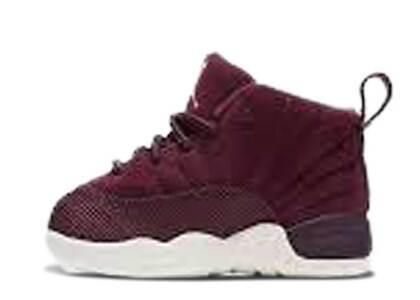 Nike Air Jordan 12 Retro Bordeaux TDの写真