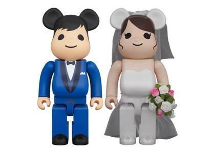 Be@rbrick Greeting Marriage 4 Plus 400%の写真
