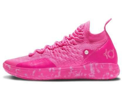 Nike KD 11 Aunt Pearlの写真