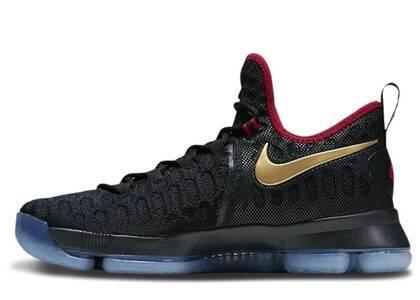 Nike KD 9 Gold Medalの写真