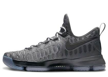 Nike KD 9 Fairmountの写真