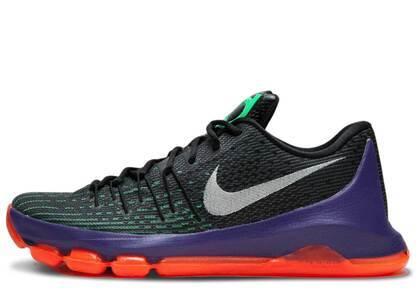 Nike KD 8 Vinaryの写真