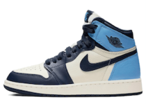 Nike Air Jordan 1 Retro High Obsidian UNC (GS)の写真
