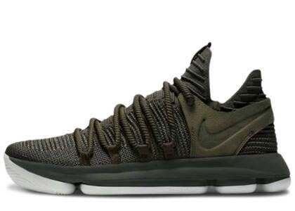 Nike KD 10 Oliveの写真