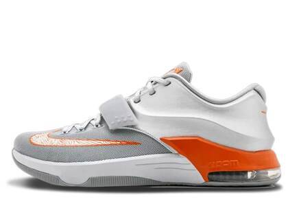 Nike KD 7 Texasの写真