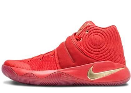 Nike Kyrie 2 Gold Medalの写真