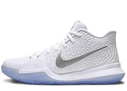 Nike Kyrie 3 White Chromeの写真