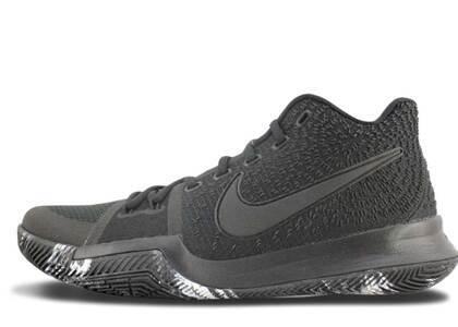 Nike Kyrie 3 Triple Blackの写真