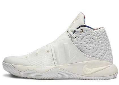 Nike Kyrie 2 What The Kyrie Sailの写真