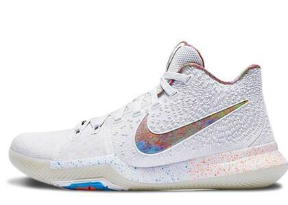 Nike Kyrie 3 EYBLの写真