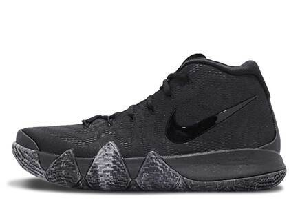 Nike Kyrie 4 Blackoutの写真