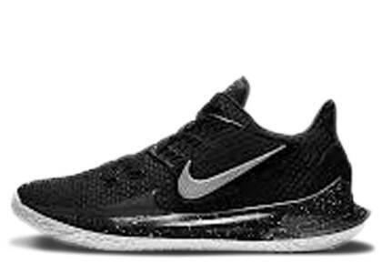 Nike Kyrie Low 2 Black Metallic Silverの写真