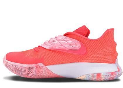 Nike Kyrie Low 1 Hot Punchの写真