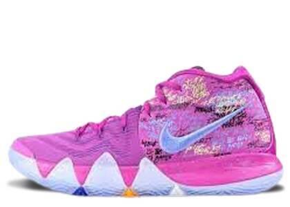 Nike Kyrie 4 Confettiの写真