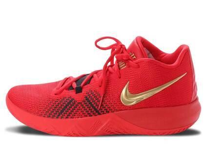 Nike Kyrie Flytrap University Redの写真