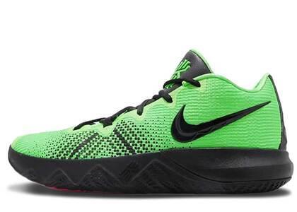 Nike Kyrie Flytrap Grinchの写真