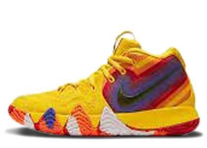 Nike Kyrie 4 70s GSの写真